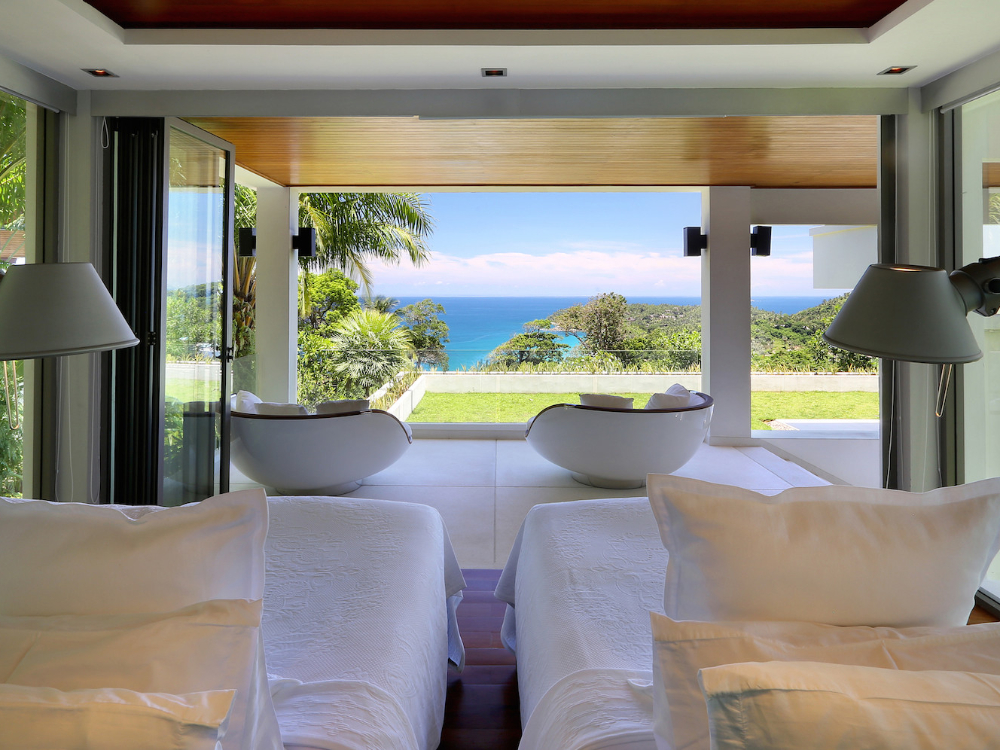 ONE OF THE MOST LUXURIOUS VILLAS IN PHUKET RENT AS 3 BEDROOM – SUR03