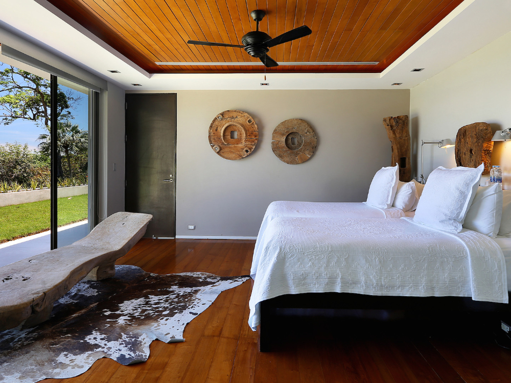 ONE OF THE MOST LUXURIOUS VILLAS IN PHUKET – SUR03