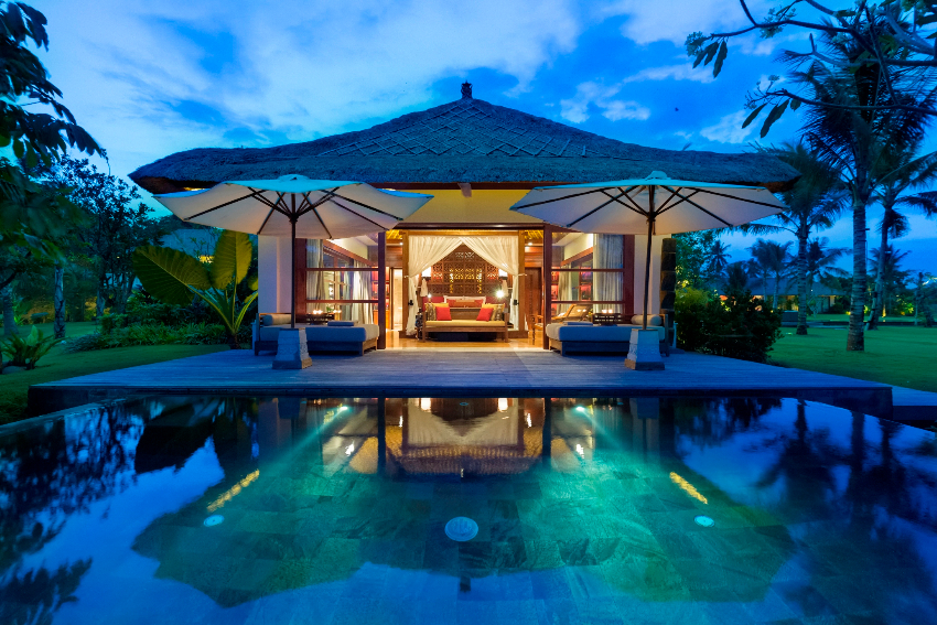 8 Bedroom Large Family Villa for Rent in Bali – tnl03