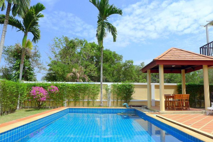 3 Bedroom Affordable Pool Villa in Layan – ban63