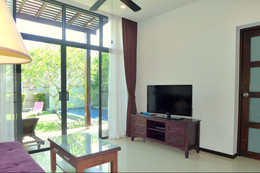 2 Bedroom Modern Pool Villa for Rent in Naiharn – nai59