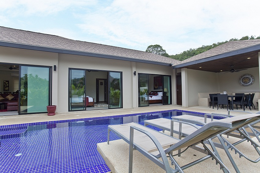 3 Bedroom Modern Pool Villa for Rent in Naiharn – nai57