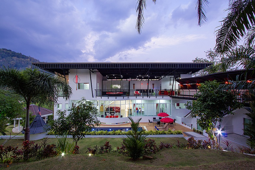 5 Bedroom Ultra Modern Pool Villa in Chalong – cha08