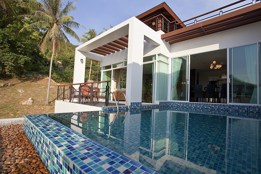 4 Bedroom Ocean View Pool Villa for Rent in Kata – kat36
